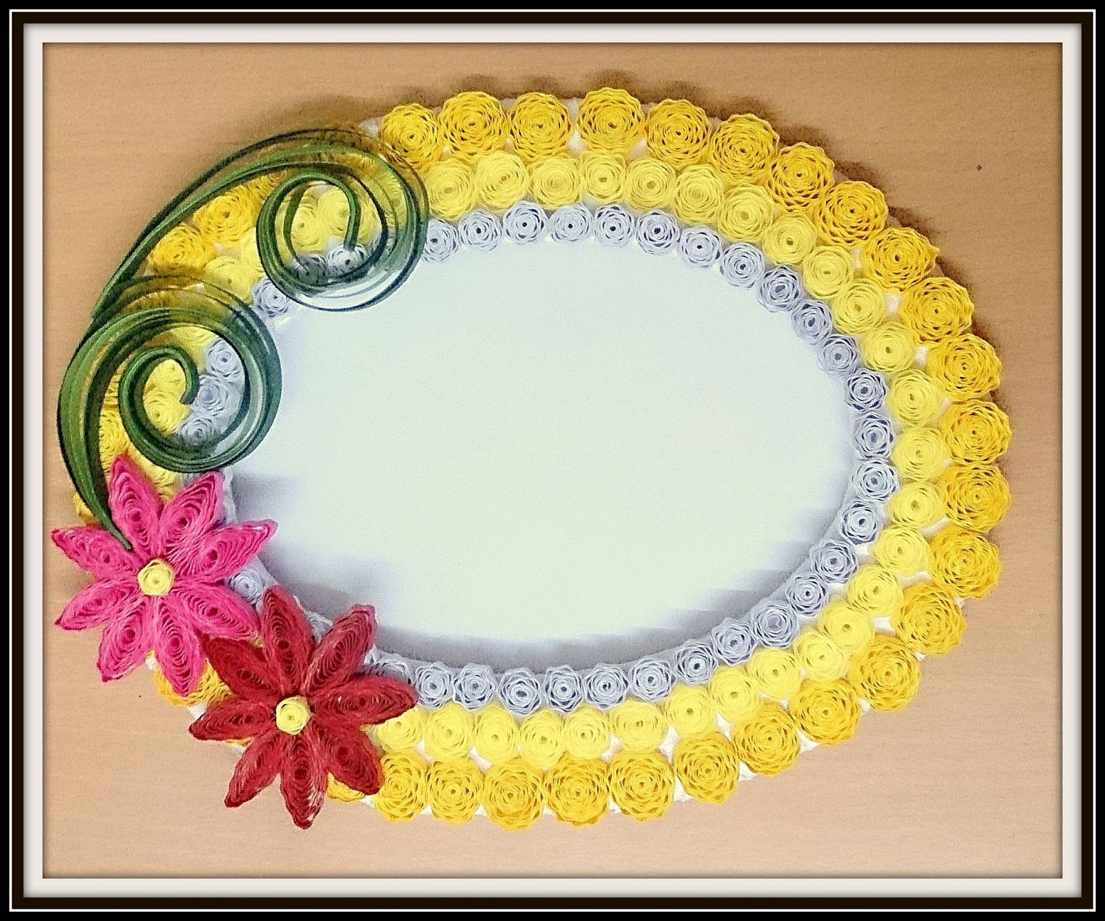 Crafty World: Quilled Frame