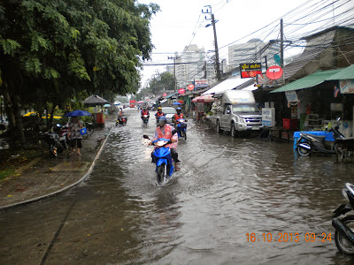 Flooding in Bangkok Lak Si Oktober 2013