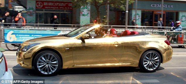 100chicas Cl Escort Amp Magazine Carro Enchapado En Oro