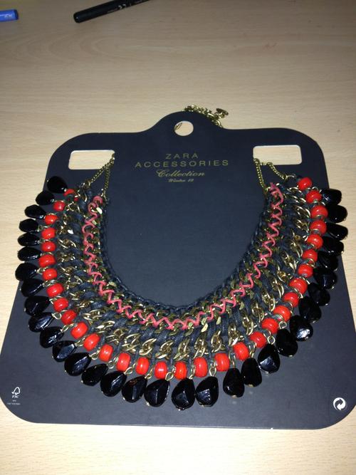 Lives with fashion collar de zara - Zara roquetas de mar ...