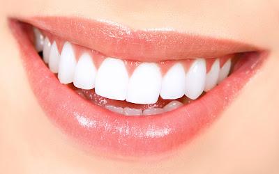 Tidak Mahal, 3 Tips Alami Ini Bisa Bantu Putihkan Gigi Anda!