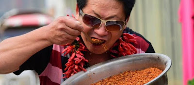 12179574 10206984979875863 502436729 n Be Amaze: Meet the superhuman CHILI KING from China.