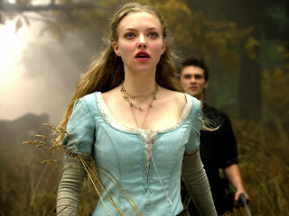 free hd images of amanda seyfried in red riding hood movie for laptop