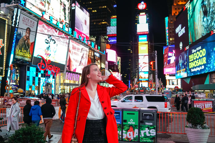 See A Show Nyc Christmas New York City Fashion And