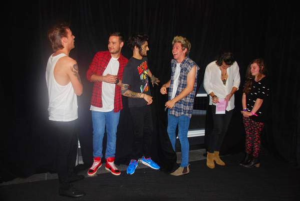 Giulia lena fortuna one direction meet greet in australien one direction meet greet in australien m4hsunfo