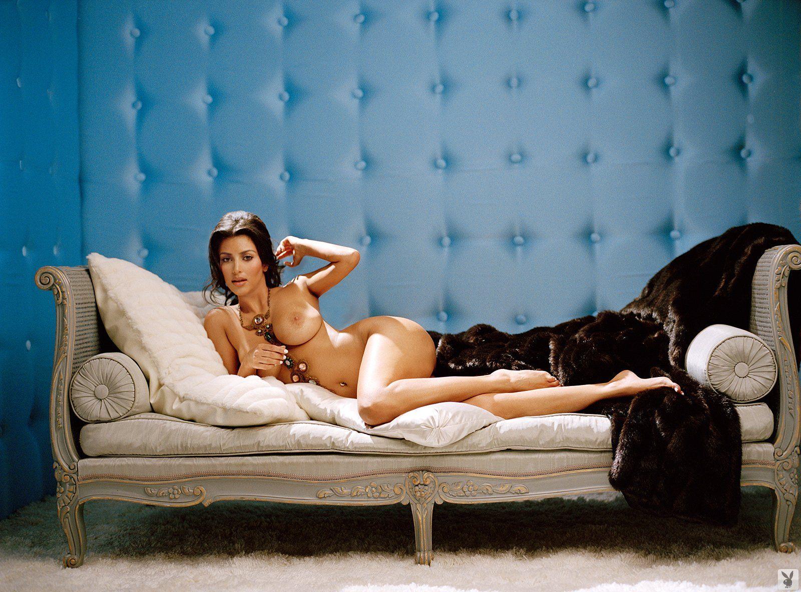 http://4.bp.blogspot.com/-nt-ug03peOw/UOwJHLXkFoI/AAAAAAAABaE/M5jXRyHfgRk/s1600/asianworldonline.blogspot.com+-+Kim+Kardashian+in+Playboy+004.jpg
