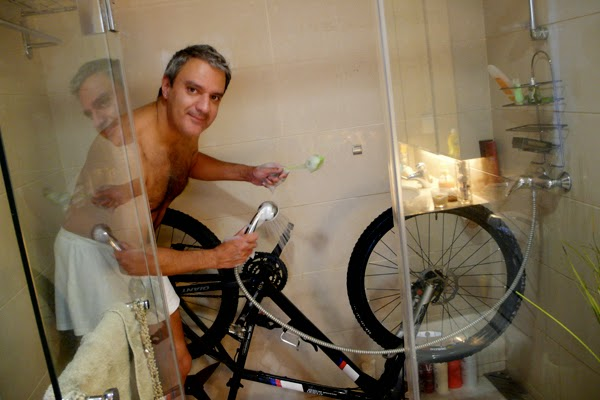 Ciclista bici ducha