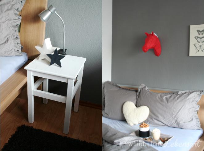 Nachttischchen mit Sternen und das 3D Origami Pferd in rot