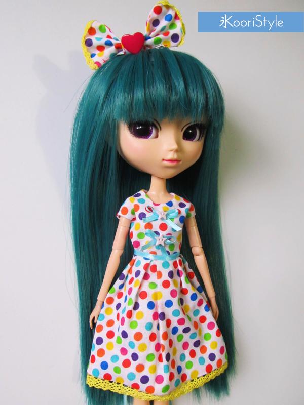 Koori KooriStyle Kawaii Cute BJD Pullip Blythe Doll PullipDoll BlytheDoll Outfit Dotted Dress Set Etsy Handmade Sell Buy Ribbon Hair Accessory Loose Socks Dolls