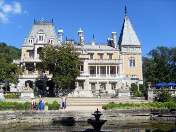 Отели Крыма отказались предоставлять туристам скидки за раннее бронирование