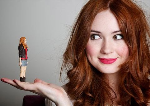 Karen Gillan - Amy Pond in Doctor Who found naked in New