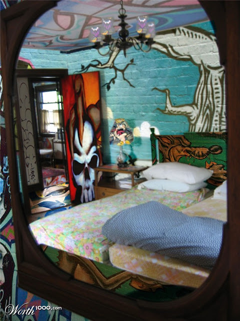 11 amazing and cool graffiti in bedroom for inspiration Painting graffiti on bedroom walls