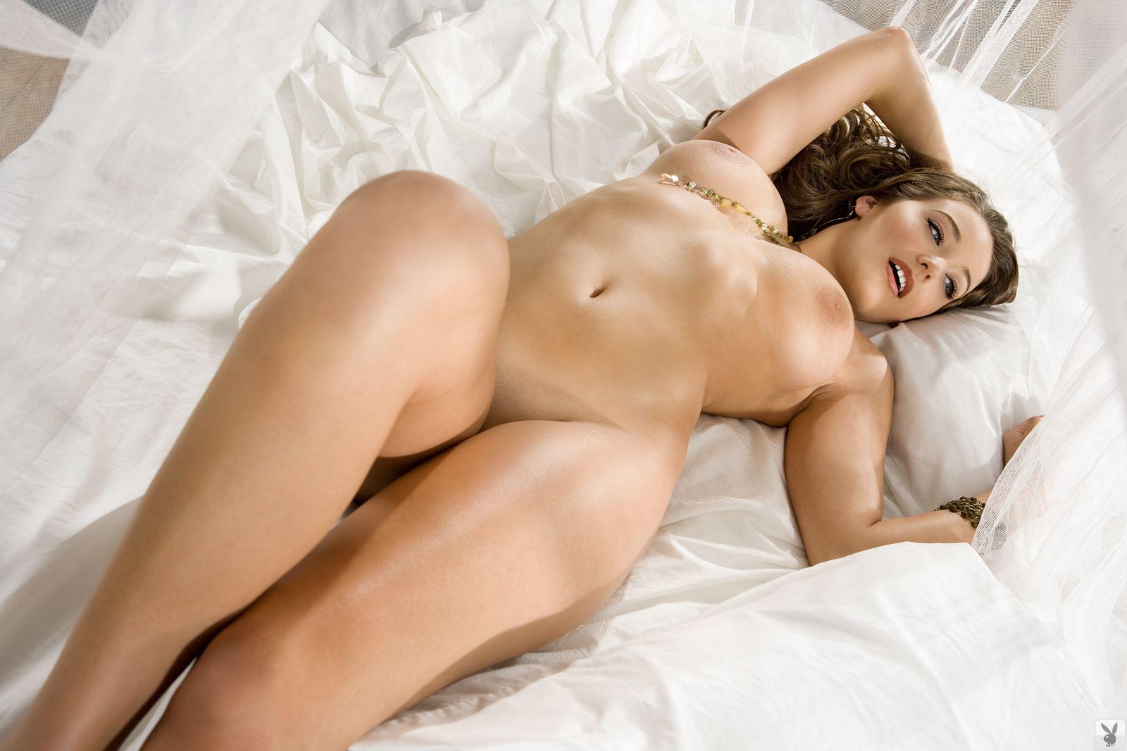 Смотреть красивые голые женские фигуры, Очень красивые фигуры голых женщин 2 фотография