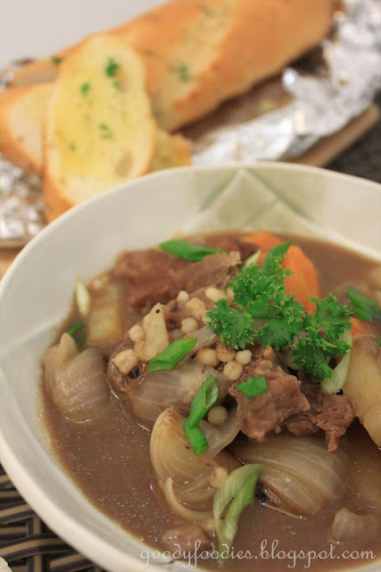 GoodyFoodies: St. Patrick's Day Recipe: Irish Lamb Stew (Delia Smith)