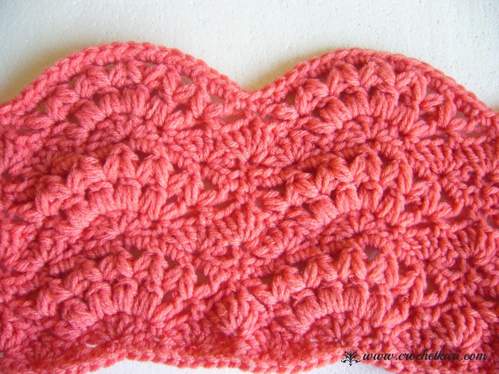 Salmon crochet cawl detail