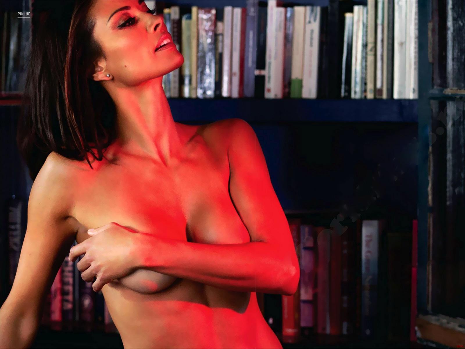 suranne jones nude scene