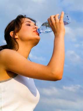 cara mengatasi dan mencegah dehidrasi