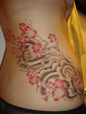 Flower-hip-Tattoo-designs