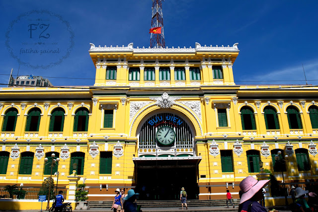 saigon central post office , ho chi minh central post office