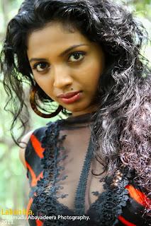 Lakshika Jayawardhana than deka