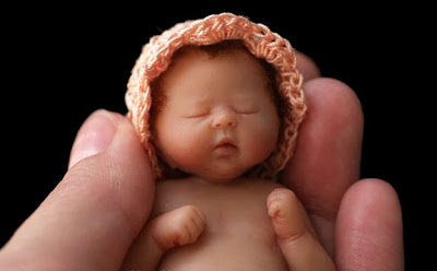 Cute and Amazing Baby Sculptures by Camille Allen
