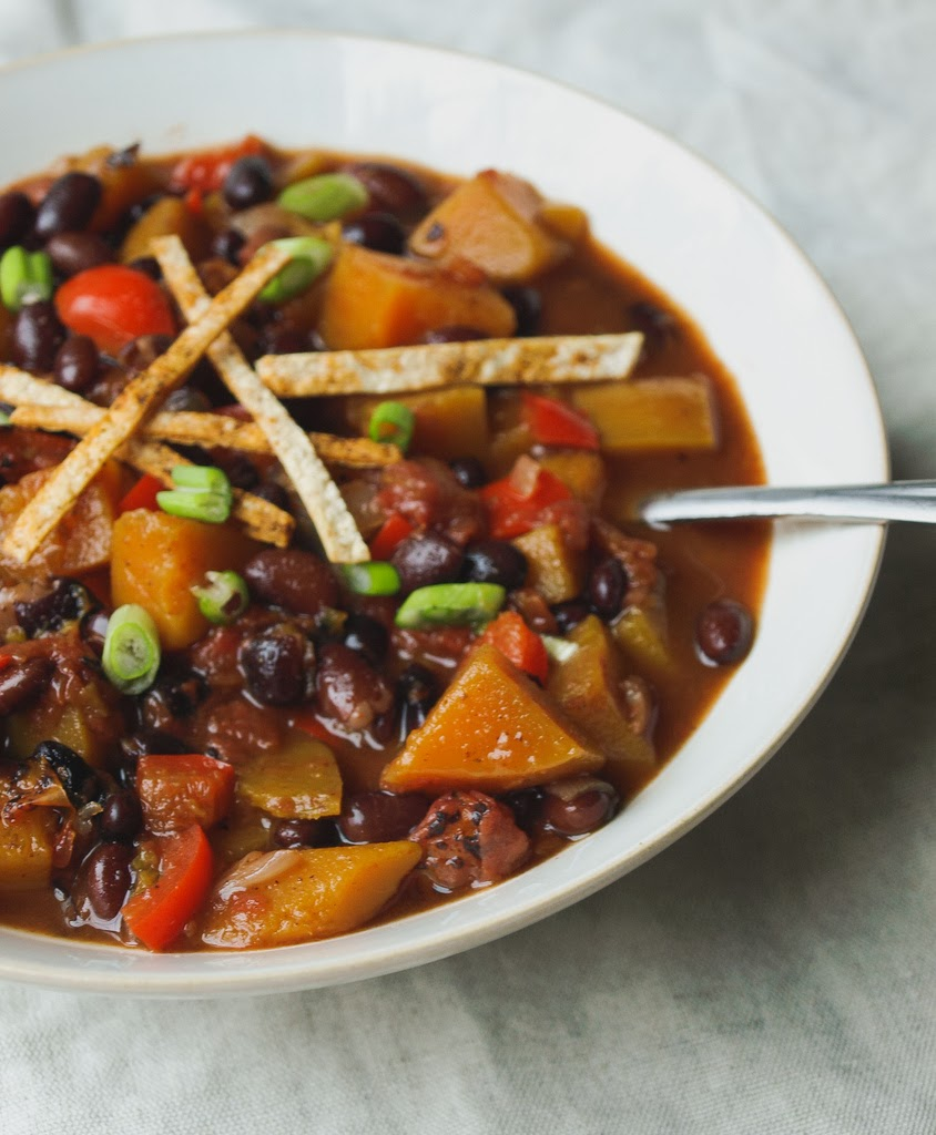 THE SIMPLE VEGANISTA: Butternut Squash and Black Bean Chili