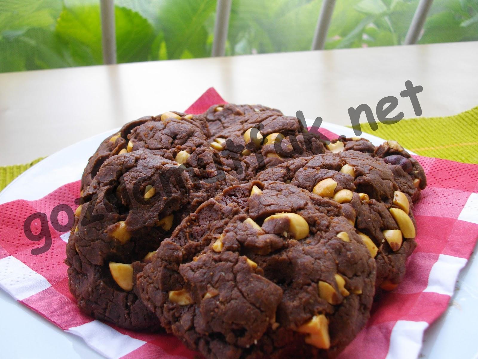Fıstıklı Çikolatalı Kurabiye