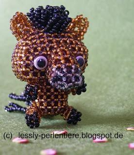 http://lessly-perlentiere.blogspot.com/2015/10/big-head-pferd.html