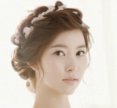 10 Cara Mengikat Model Rambut Pendek Sebahu atau Panjang Wanita  Pola