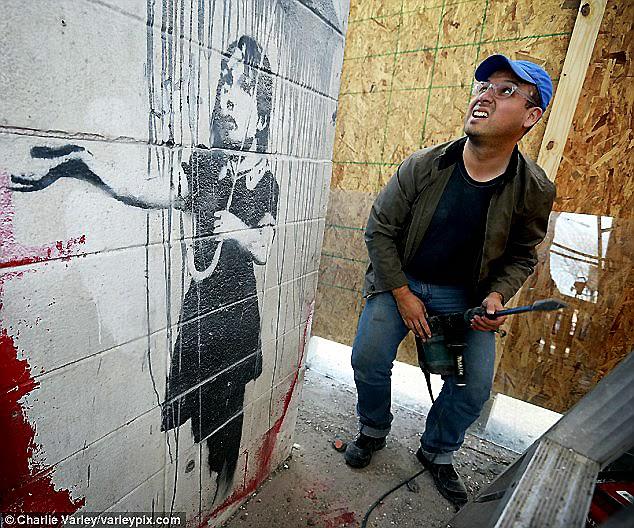 http://varleypix.photoshelter.com/gallery/21feb14-Banksy-Removal/G0000EtJ5C_yUVxc