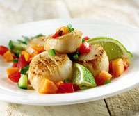 GOOD FOODIE: Seared Scallops with Tropical Salsa