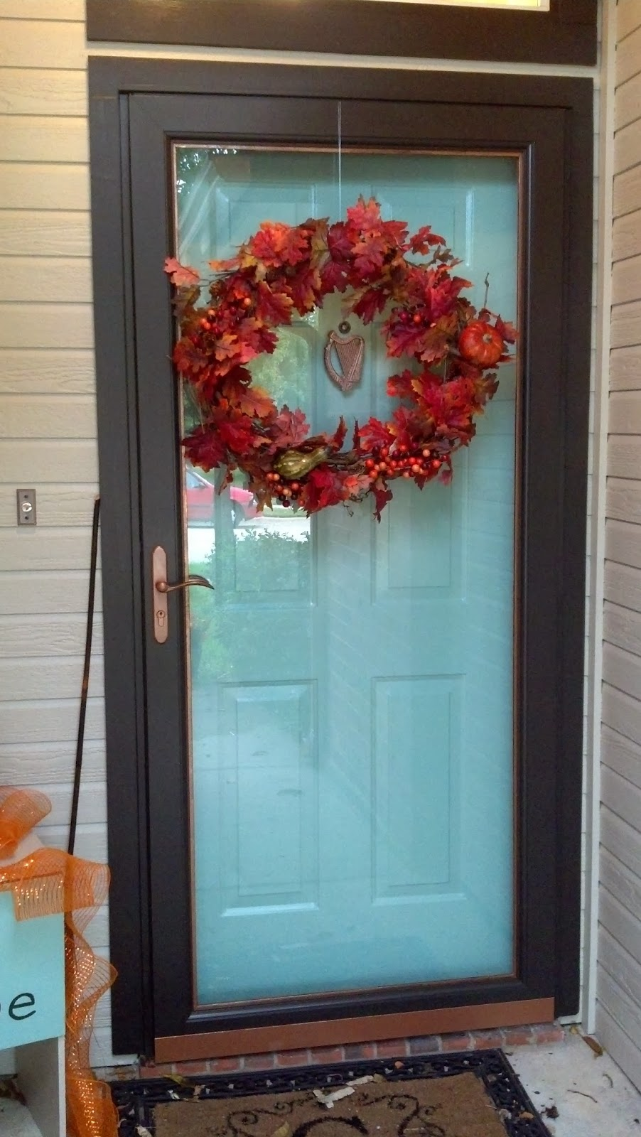 Fix lovely how to paint your front door storm door and for Front entrance storm doors