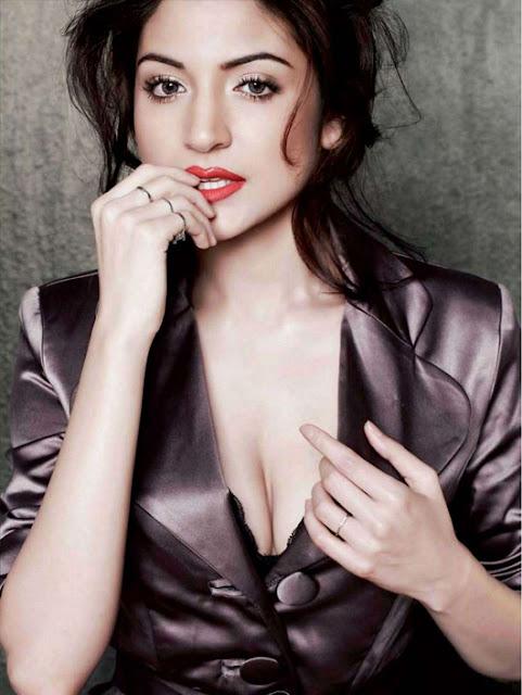 Anushka Sharma hot stills