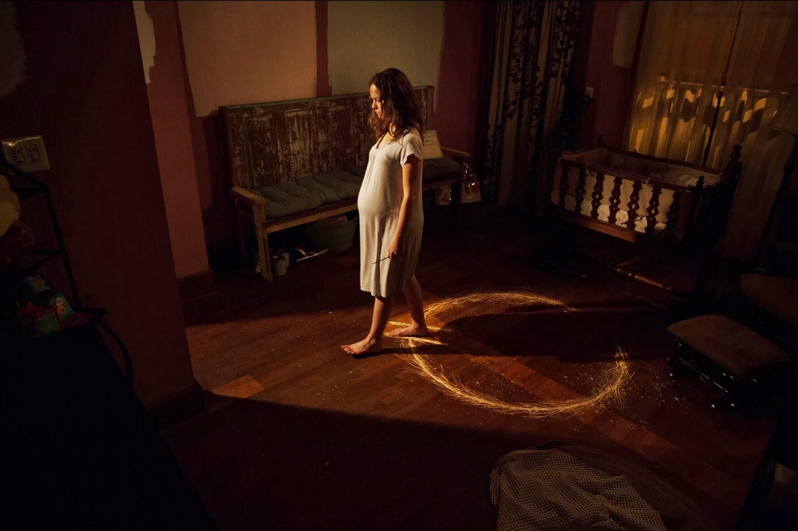 Herdeiro Do Diabo inside filmes e séries - terror planet: fotos do filme: o herdeiro do diabo