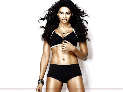 Bollywood Movie Players Wallpaper with Bipasha Basu