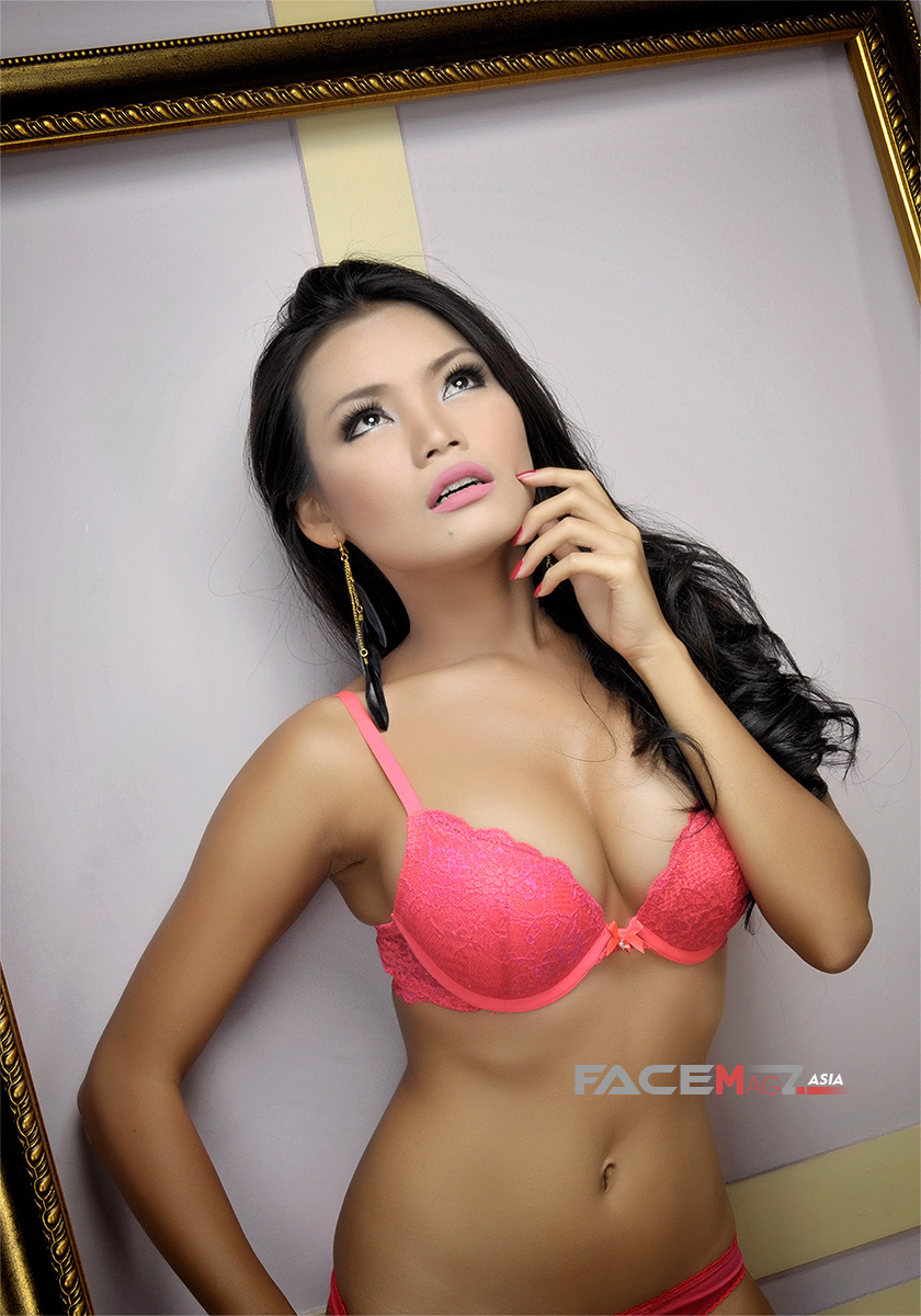 Aurora Lessa for FaceMagz May 2013