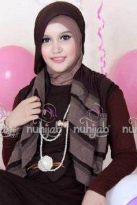 Nuhijab Manset - Brown (Toko Jilbab dan Busana Muslimah Terbaru)