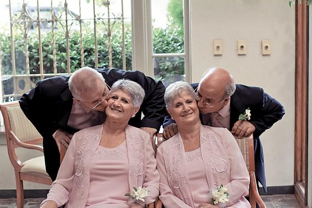 10 perkahwinan kembar seiras yang aneh