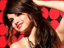 Selena Marie Gomez.