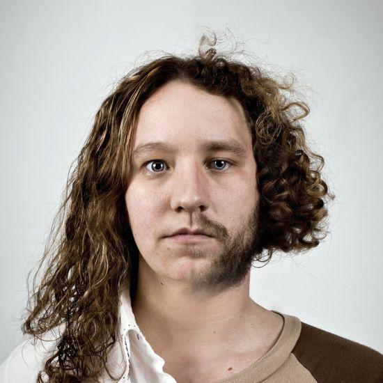 Ulric Collette fotografia surreal photoshop retratos genéticos família rostos misturados autorretratos Irmã/irmão - Karine (29 anos) e Dany (25 anos)
