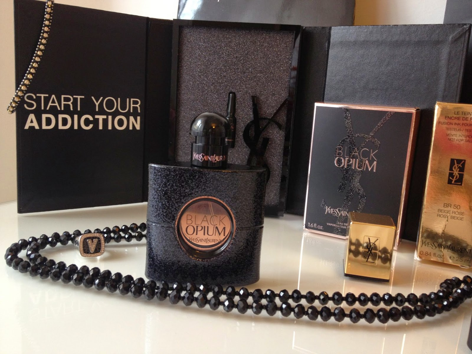 Black Opium, new fragrance from Yves Saint Laurent Beauté, Fashion and Cookies, fashion blogger