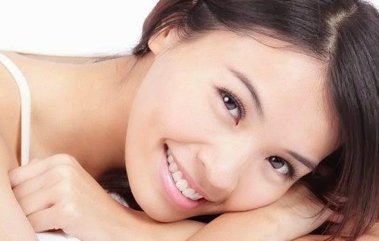 10 Manfaat Senyum Yang Harus Diketahui