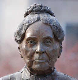 photograph of Lydia Moss Bradley monument