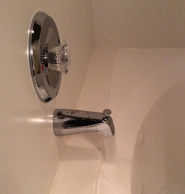 32 Design Fails That Make Little — To Zero — Sense - I guess this technically works