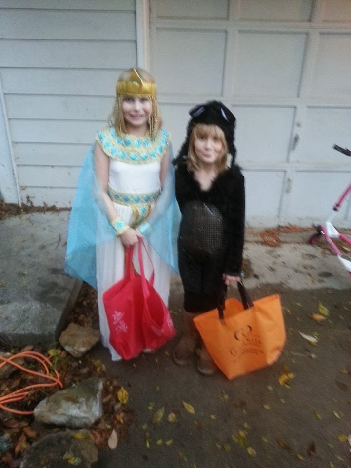 Izzy and Ava Halloween 2013!