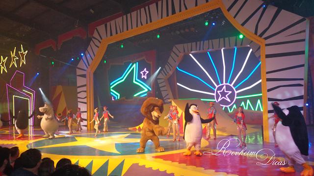 Beto Carrero World, beto carrero, passaporte aniversariante, Madagascar Circus Show, I like to move it, filme madagascar 3, Penha, Santa Catarina, parque de diversão, dicas beto carrero, aeroporto navegantes, Navegantes