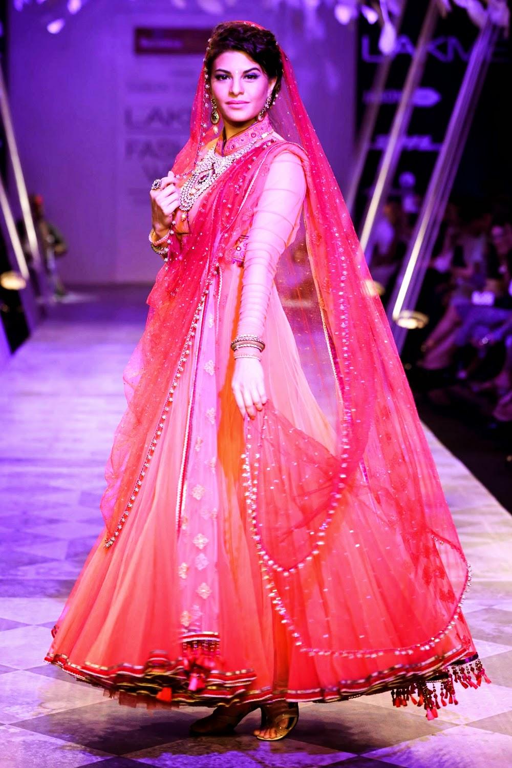 Tarun Tahiliani Lakme Fashion Week 2014