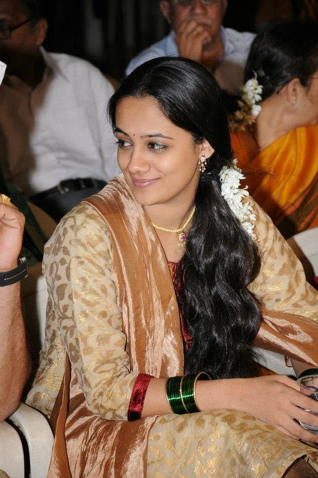 Spruha Shirish Joshi Photos7