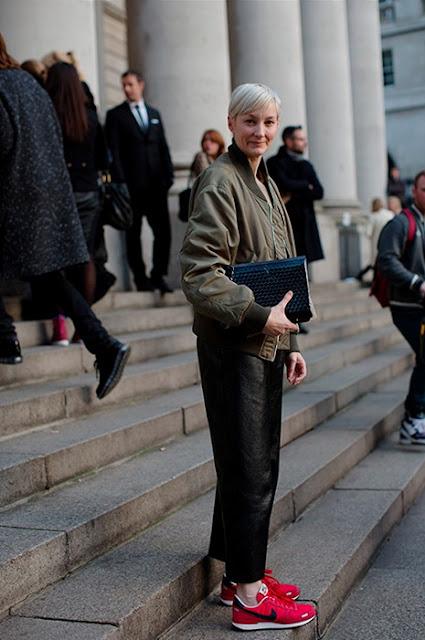 แฟชั่นรองเท้า nike ผู้หญิง รองเท้า nike แฟชั่น ผู้หญิง
