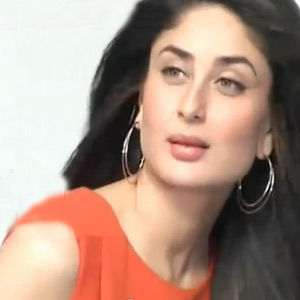 Latest Cricket Chat Video Songs Watch Online Free Download ... Agent Vinod Kareena Dress
